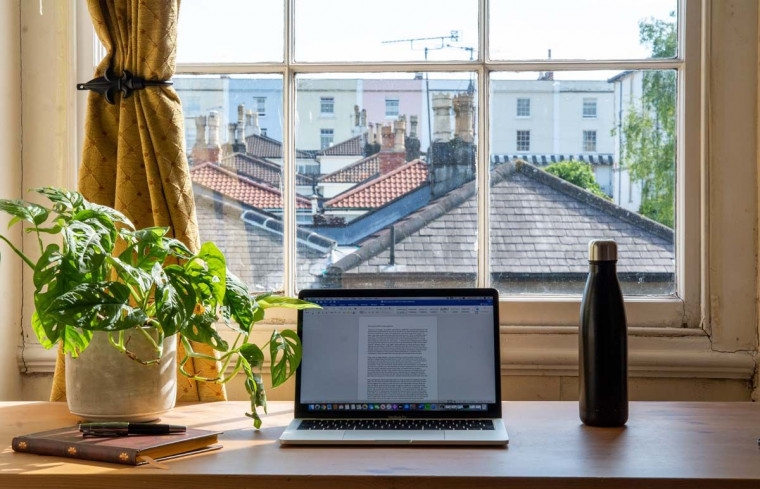 How to Choose the Right Lighting for Your Home Office