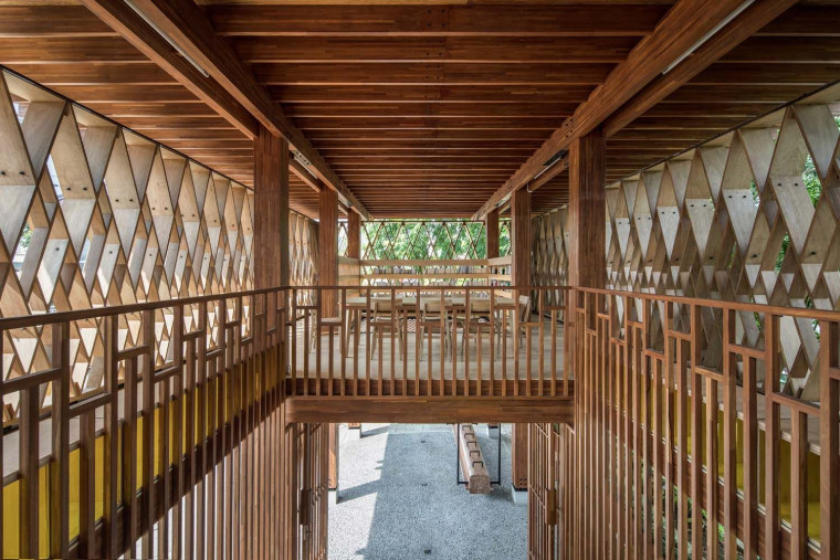 SHAU's Microlibrary in Semarang Exemplifies How a Tiny Building Could Bring Holistic Impacts