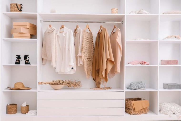 6 Inspirasi Model Lemari Baju Hemat Tempat, Cocok untuk Kamar Mungil