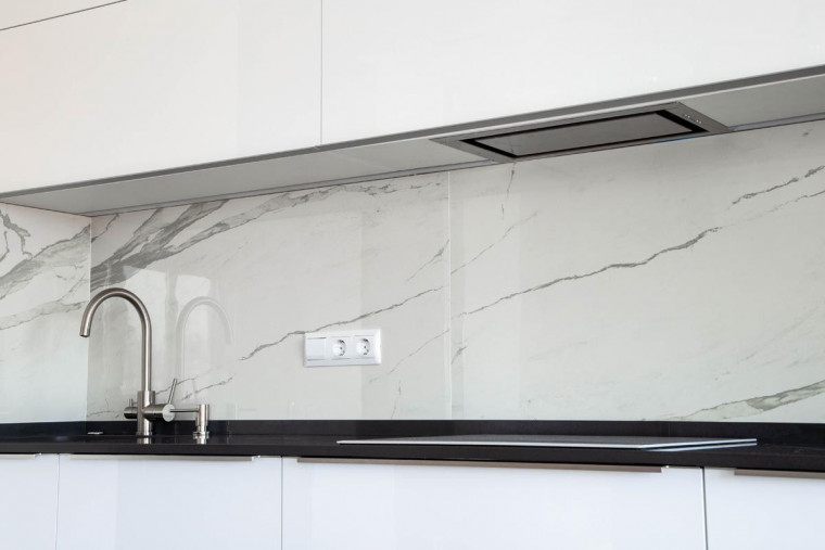 Backsplash, a Functional and Aesthetical Feature of Your Kitchen